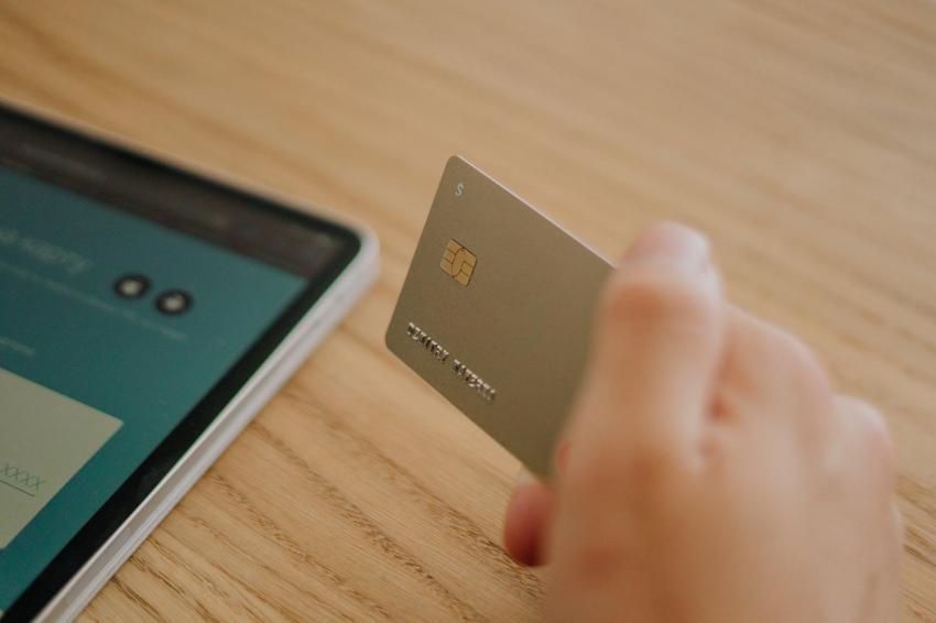 Inilah 3 Keuntungan Memiliki Kartu Kredit yang Wajib Kamu Ketahui!